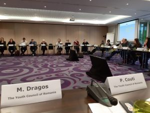 Comisia Europeană, discuții cu societatea civilă referitor la provocările tinerilor