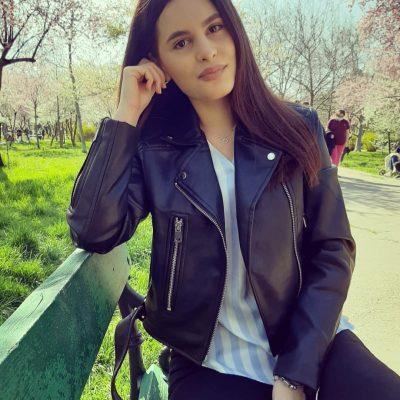 Laura Mehmet